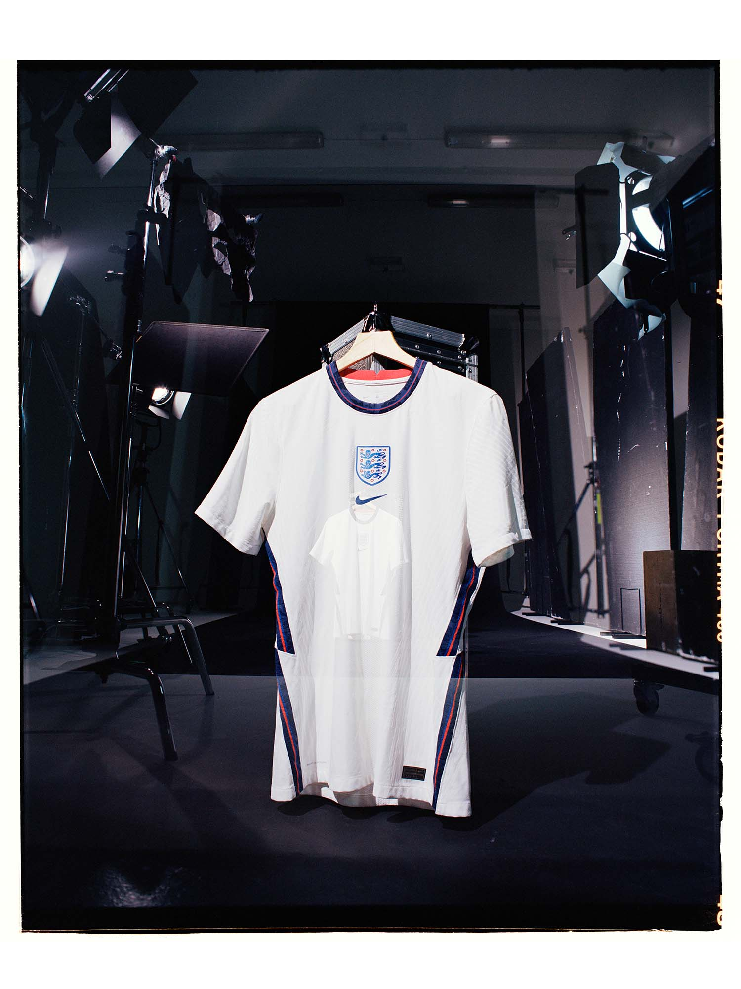 jadon sancho soccerbible interview england portrait_0000_jph180820_ 012.Tick.jpg