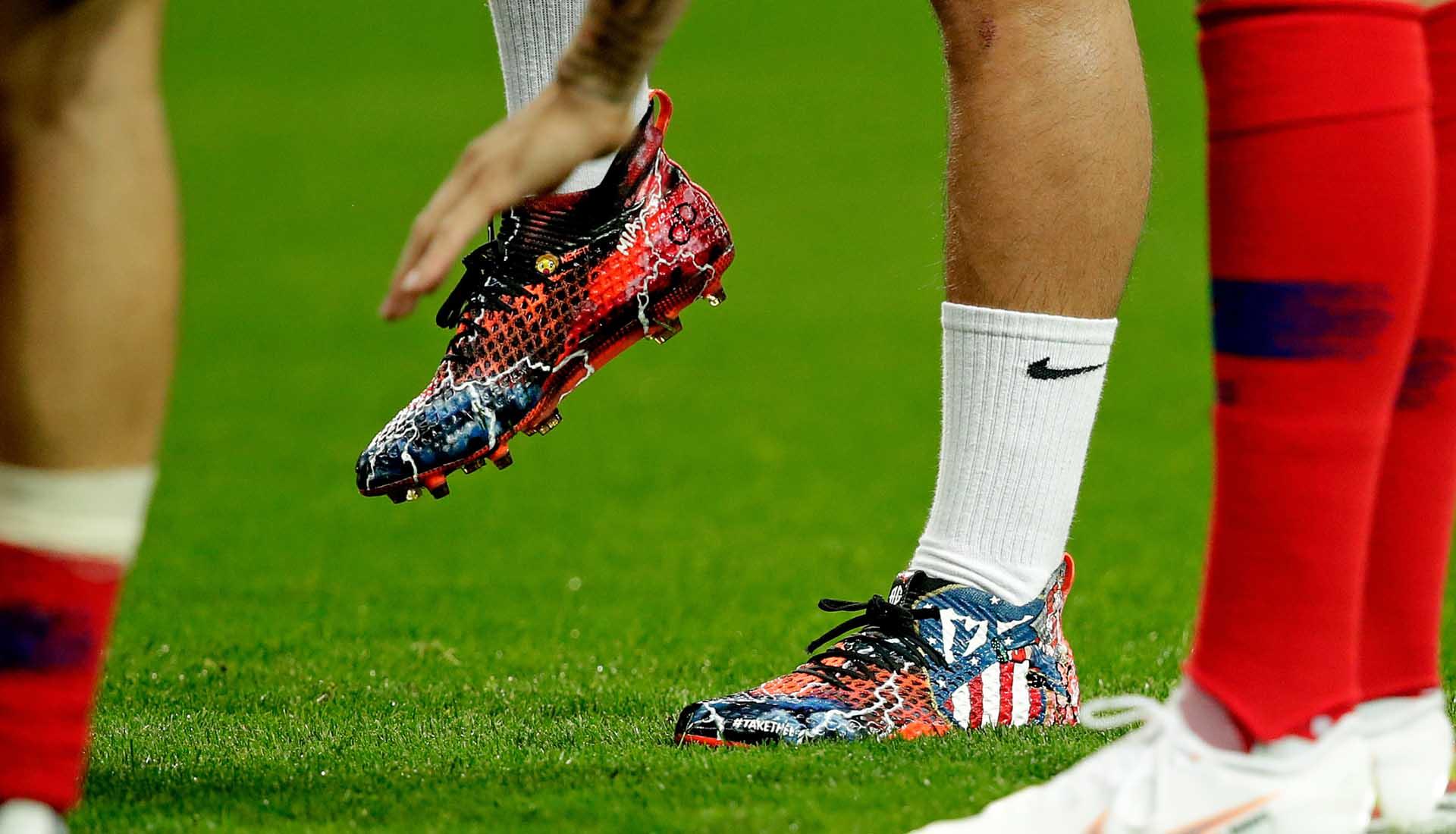 Antoine Griezmann Wears Custom Designed PUMA Future Boots